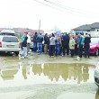 Locuitorii cartierului Schela Nouă solicită primăriei să pietruiască un bulevard plin de gropi (Foto: Oana Mitu)