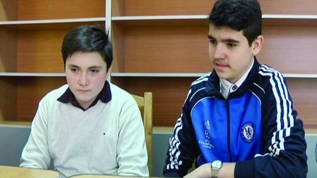 Elevi din clasa a VIII-a de la Colegiul Tehnic Energetic (Foto: Traian Mitrache)