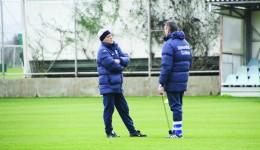 Sorin Cârţu şi Emil Săndoi au rămas fără trei jucători importanţi în stagiul doi de pregătire  (Foto: csuc.ro)