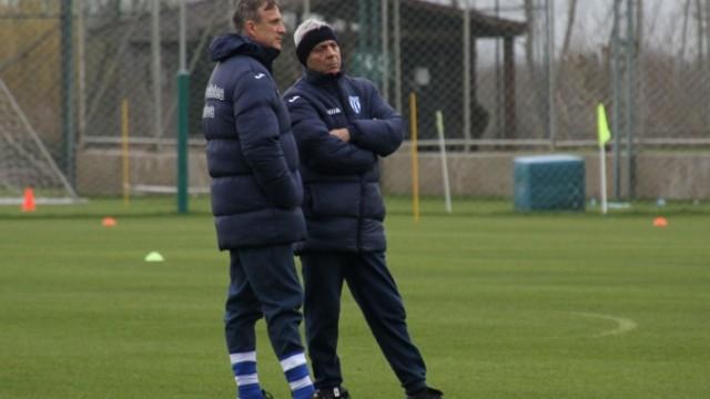 Sorin Cârțu (dreapta) își dorește ca alb-albaștrii să înceaptă returul în formă maximă (foto: csuc.ro)