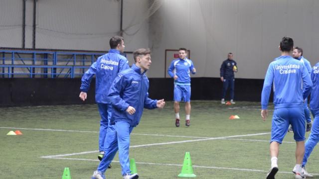 Juniorii Angelo Iuga (foto, în centru) şi Alin Manea au fost surprizele lui Săndoi de la antrenament