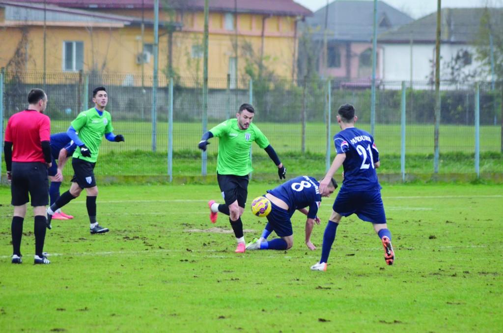 Herghelegiu (la minge) a făcut numai meciuri bune în Antalya (Foto: Alexandru Vîrtosu)