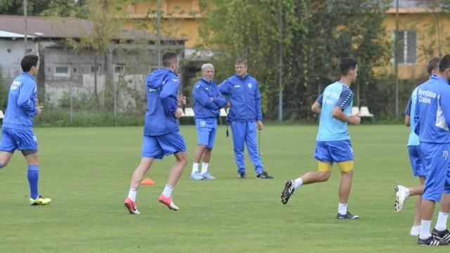 Sorin Cârţu şi Emil Săndoi vor comanda mâine primul antrenament din 2015 (foto: Alexandru Vîrtosu)