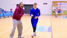 Antrenorul Andelko Mandic speră ca nou-venitul Djordje Micic (dreapta) să ajute echipa SCM-U (Foto: Lucian Anghel)