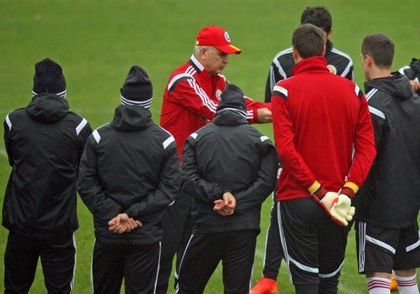 Anghel Iordănescu va anunța zilele următoare jucătorii care vor merge în cantonamentul naționalei din Antalya (foto: frf.ro)