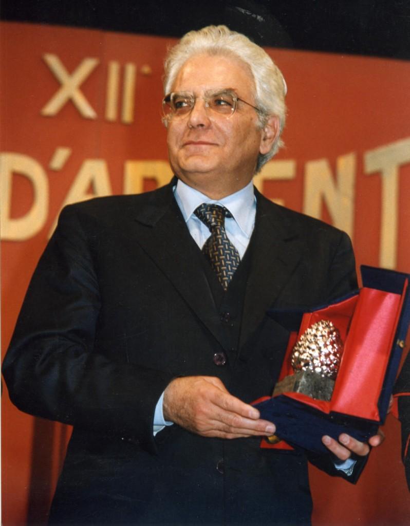 On. Sergio Mattarella Ministro della Difesa
