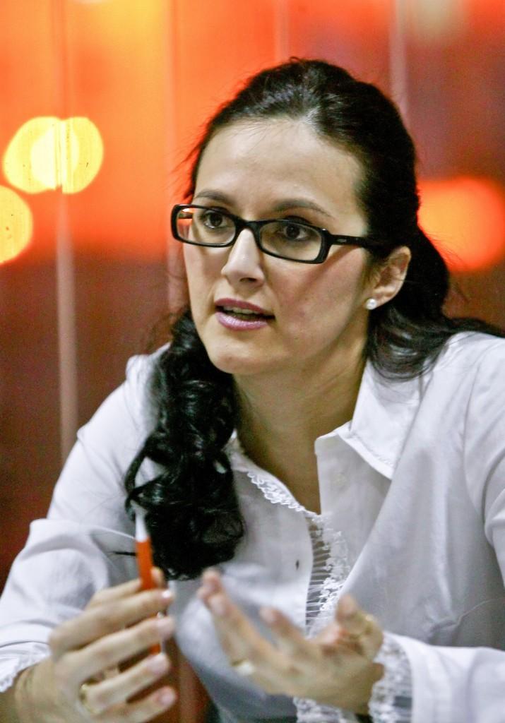 Secretarul de stat in Ministerul Justitiei, Alina Mihaela Bica, vorbeste despre proiectul Codului de Procedura Penala si a Codului Penal si despre Legea 298/2008, privind stocarea datelor din comunicatii, in timpul unui interviu