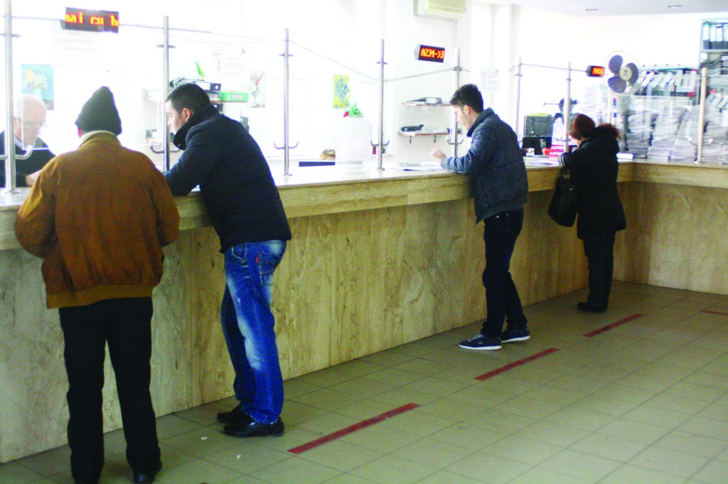 Doljenii trebuie să se prezinte la sediul CAS Dolj pentru eliberarea cardului de sănătate (FOTO: Arhiva GdS)