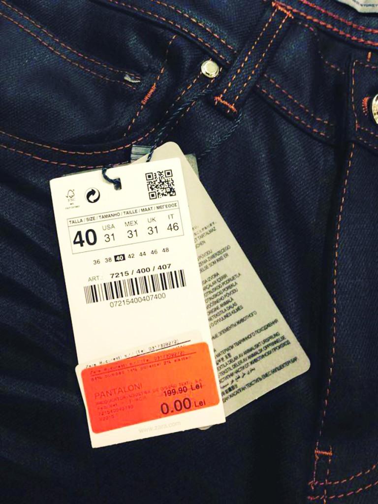 Nicușor Calopăreanu ne-a trimis la redacție o fotografie  despre care spune că este de la magazinul Zara din Craiova. În ilustrație se vede scris mare prețul de 0,00 lei,  la o pereche de pantaloni. ()