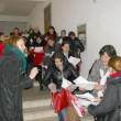Candidatele la un loc de muncă în Spania au stat la coadă pentru interviu (FOTO: Eugen Măruță)