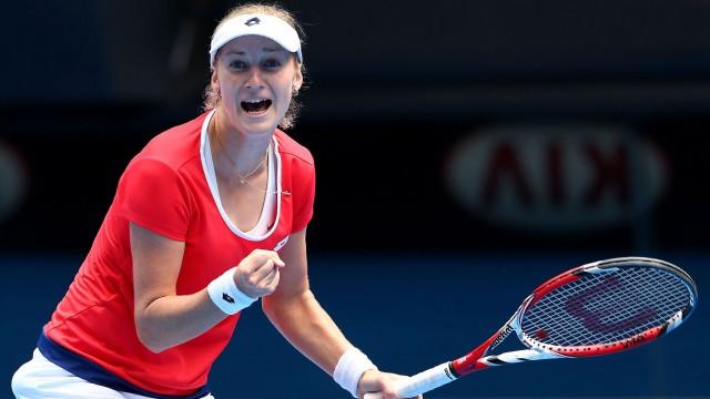 După ce a trecut de Halep, Makarova o va întâlni în semifinale pe conaţionala sa, Maria Şarapova