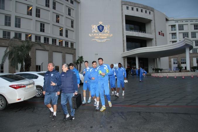 Alb-albaștrii au început stagiul doi al pregătirii de iarnă (foto: csuc.ro)