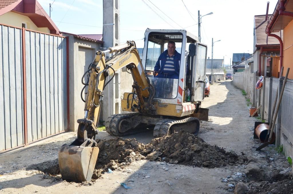 Până în prezent, au fost executate, pe masterplanul de apă din Craiova, 57 de kilometri  de canalizare și 31 de kilometri de rețea de apă (Foto: Arhiva GdS)