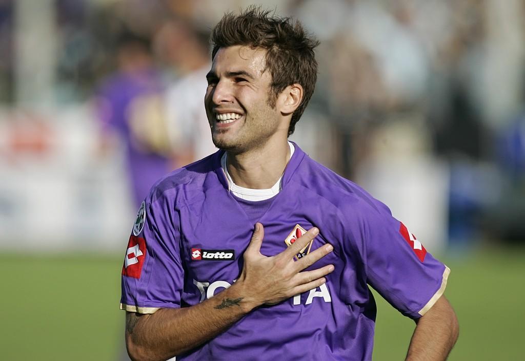 Mutu ar putea să-şi încheie cariera la Fiorentina