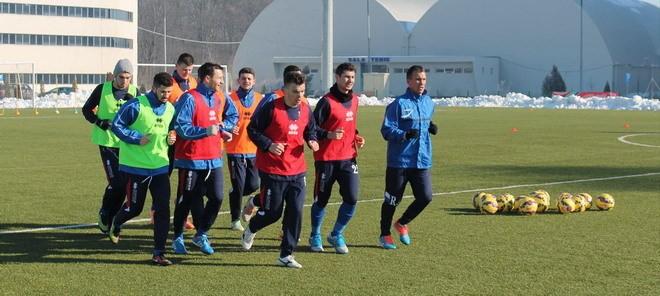 Pandurii vor susţine mai multe meciuri de verificare în cantonamentul din Antalya (foto: panduriics.ro)
