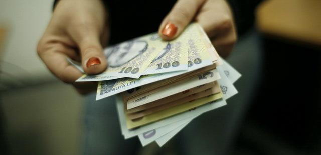 salarii-1352100236