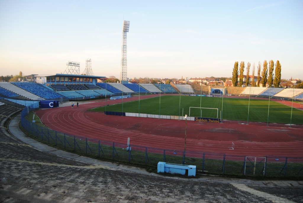 """După desemnarea câștigătorului licitației, stadionul """"Ion Oblemenco"""" ar trebui să fie demolat în două luni (Foto: Arhiva GdS)"""