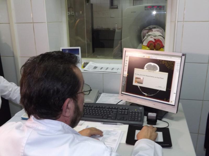 Pentru achiziţionarea unui tomograf nou ar fi nevoie de 1,5 milioane de euro