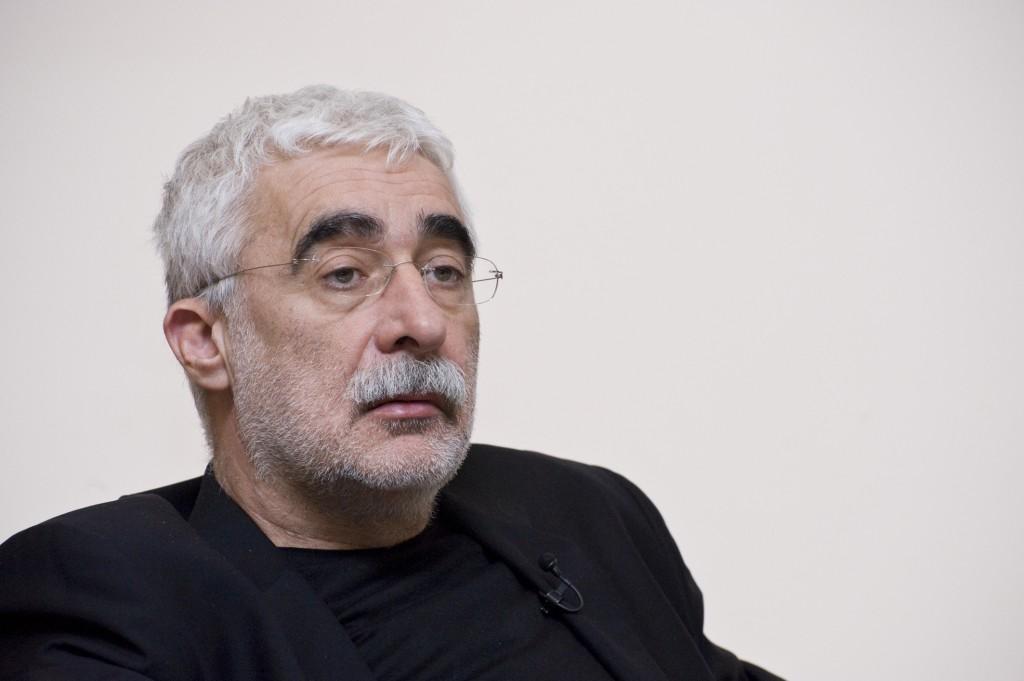 Trustul de presă deţinut de omul de afaceri Adrian Sârbu, Mediafax Group, şi-a cerut insolvenţa la finalul anului trecut