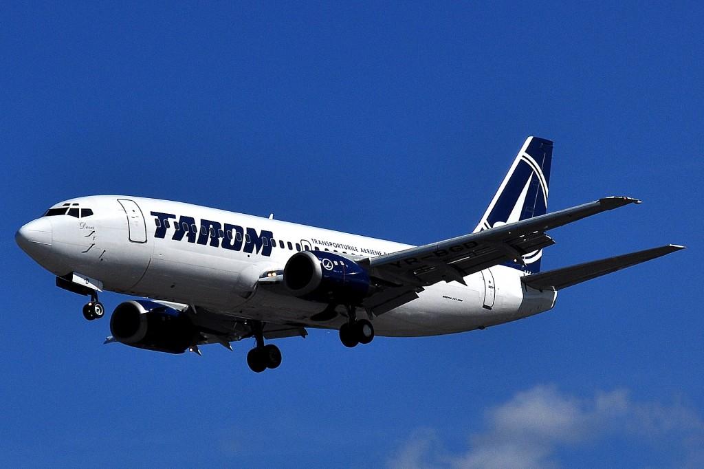 Boeing 737-38J - Tarom (YR-BGD)