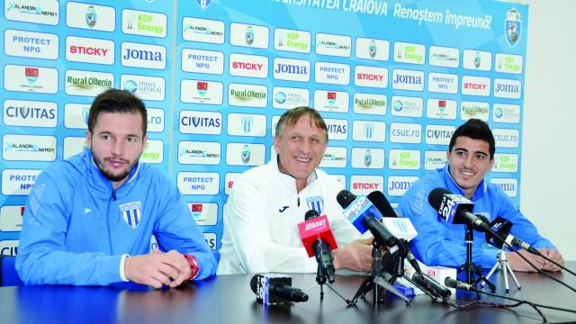 Dumitraş, Săndoi şi Briceag îşi doresc să debuteze cu dreptul în retur (Foto: Alexandru Vîrtosu)