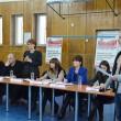 Primarul Craiovei, directorii din primărie, dar și cei ai regiilor subordonate au stat de vorbă cu cetățenii din Rovine  despre problemele lor (Foto: Lucian Anghel)