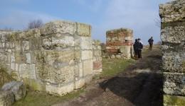 Poarta de intrare în Cetatea Sucidava (Foto: Lucian Anghel)