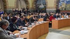 În Consiliul Local opoziția e vocală, iar proiectele se votează cum vrea puterea (Foto: Lucian Anghel)