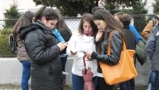 Elevii doljeni au ieşit din sălile de examen încrezători că vor obţine note foarte mari (Foto: Traian Mitrache)