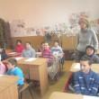Povestea învăţătoarei Marcela Constantin este pentru mulţi o lecţie de viaţă