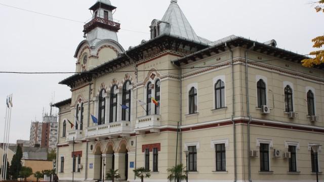 Şi la Consiliul Judeţean Gorj au fost depistate nereguli (Foto: Eugen Măruţă)
