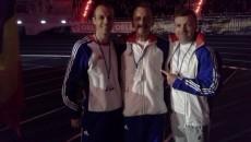 Marius Buşcă (stânga) şi Adi Neagu (centru) au obţinut medalii de aur la Europenele de Sală rezervate atleţilor veterani