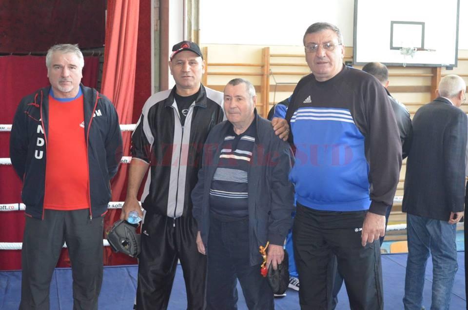 Antrenorii Constantin Cucu (stânga), Marcel Sârba, Mihai Goanţă şi Ion Joiţa