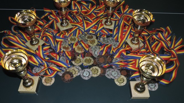 Acestea sunt medaliile cucerite de craioveni la competiția de la Dej