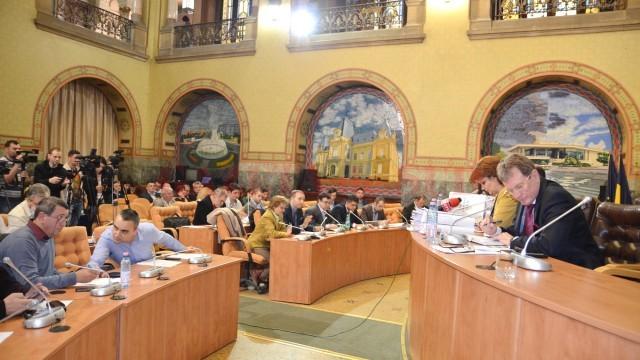 Termoficarea Craiovei a aprins spiritele în consiliul local (Foto: Claudiu Tudor)