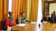 Lia Olguţa Vasilescu a vorbit cu redactorii GdS despre problemele     oraşului şi despre proiectele primăriei (Foto: Lucian Anghel)