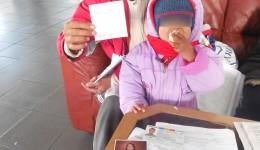 Maria Daniela Burugă, din Melinești, trebuie să restituie jumătate din sumele încasate  necuvenit sub formă de pensie de urmaș (FOTO: Ramona Olaru)