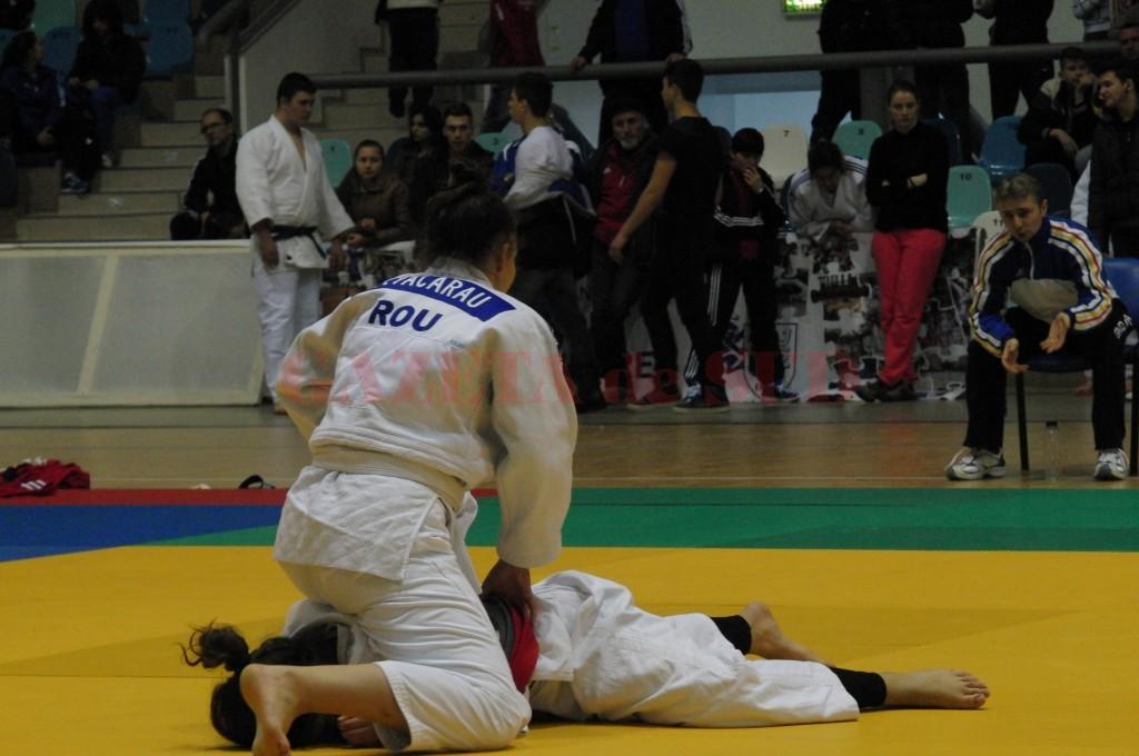 Floriana Văcaru a obținut medalie de argint la concursul de la Miercurea Ciuc (foto: arhiva GdS)