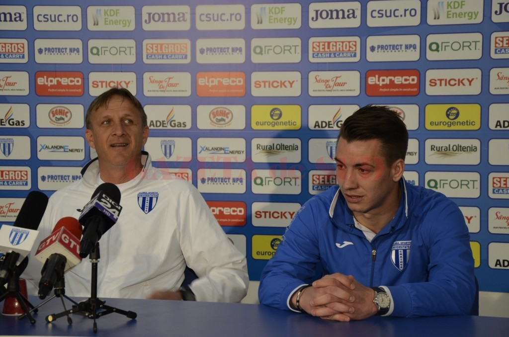 Emil Săndoi și Alexandru Mateiu cred că punctele din meciul cu FC Brașov vor rămâne în Bănie (foto: Alexandru Vîrtosu)