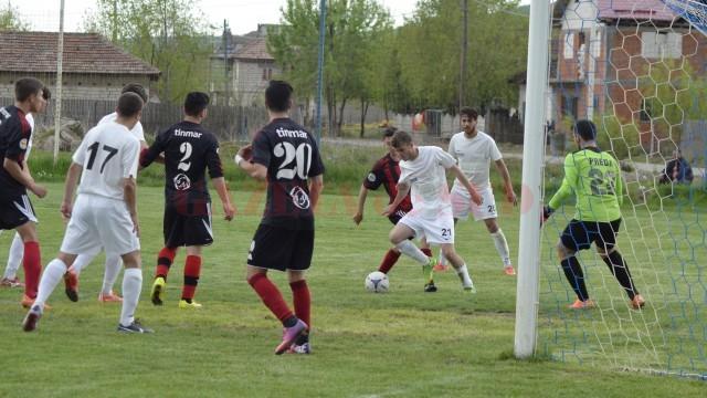 Jucătorii de la CS Podari vor sta acasă în finalul campionatului (foto: Alexandru Vîrtosu)
