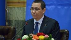 Premierul român Victor Ponta în timpul întâlnirii pe care a avut-o la Craiova cu omologii săi din Bulgaria şi Serbia