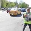 De șase ani, Nicolae Blidaru vinde ziare în intersecție indiferent de anotimp