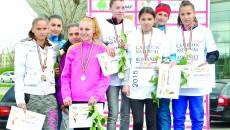 """Atletele de la Liceul cu Program Sportiv """"Petrache Trişcu"""" au cucerit cinci medalii dintre care trei de aur (Foto: Lucian Anghel)"""