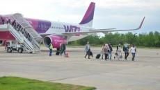 La licitația ce vizează reabilitarea pistei Aeroportului Craiova s-au înscris șapte ofertanți, ale căror oferte sunt acum evaluate. Lucrarea trebuie încheiată până la sfârșitul anului. (Foto: Arhiva GdS)