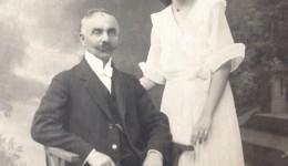 Boierul Teișanu și fiica sa (Foto: Arhiva personală Cornelia Bunescu)
