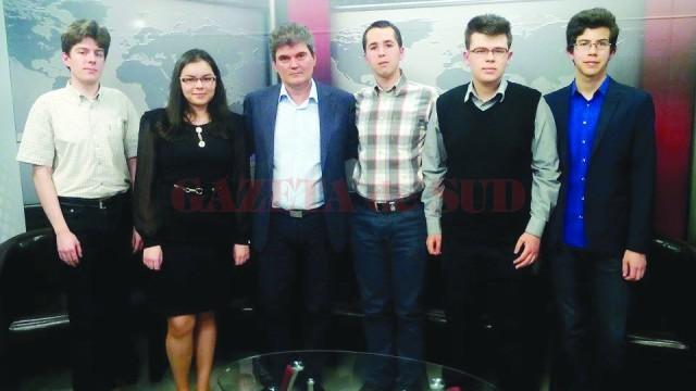 Elevii olimpici din Gorj, pregătiţi pentru universităţile de prestigiu din lume