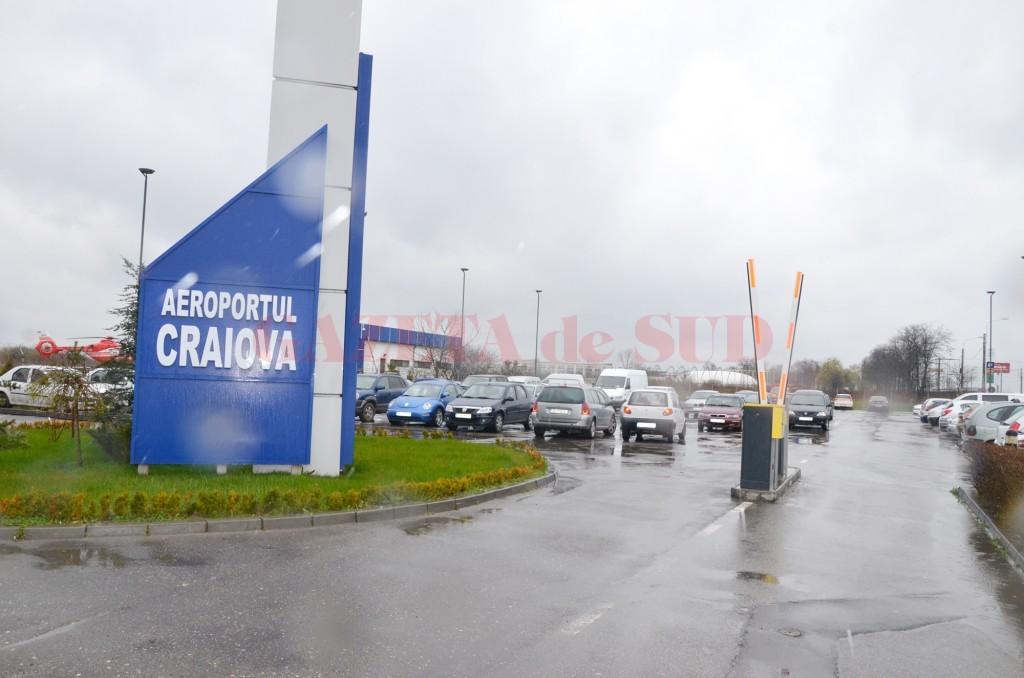 Extinderea parcării Aeroportului Craiova a fost anulată și urmează să fie reluată. Nici o societate nu s-a arătat interesată de contractul estimat la  700.000 de lei fără TVA. (Foto: GdS)