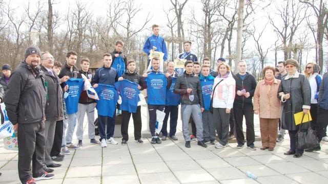 Majoritatea studenţilor craioveni participanţi la competiţie au plecat acasă cu un mic premiu oferit de organizatori (Foto: Daniela Mitroi-Ochea)