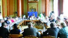 Consilierii locali vor aproba sporurile angajaţilor DGASPC Gorj (Foto: Eugen Măruţă)