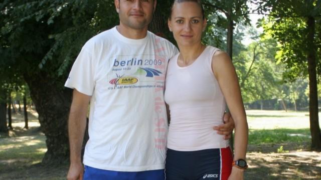 Claudia Ștef și Sebastian Ștef, soțul și totodată antrenorul său, alcătuiesc o echipă de succes